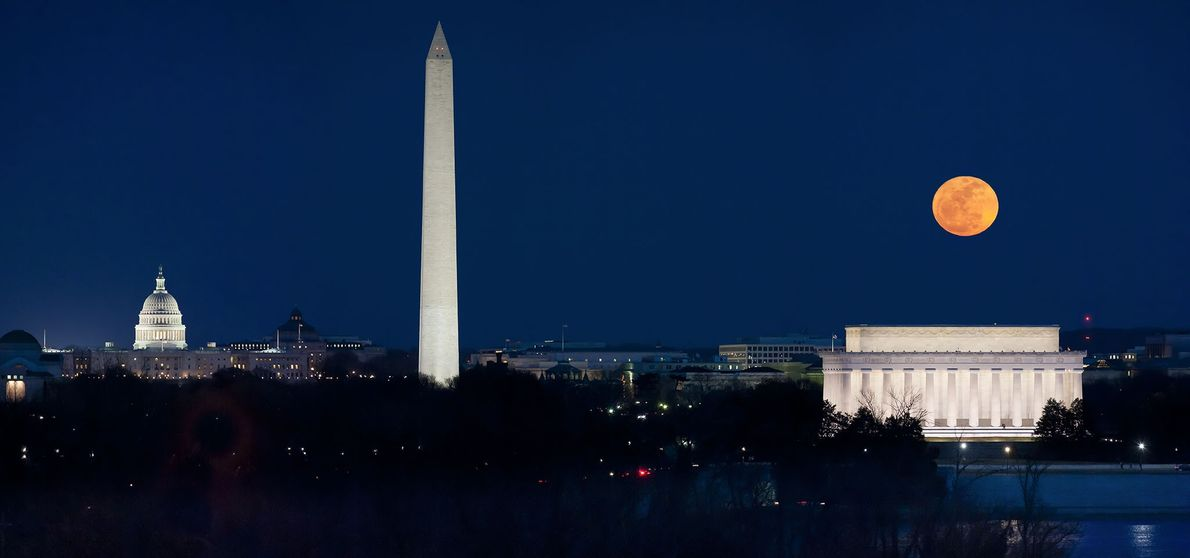 A panorama shows the March 19, 2011, supermoon hanging over the monuments of Washington, D.C.
