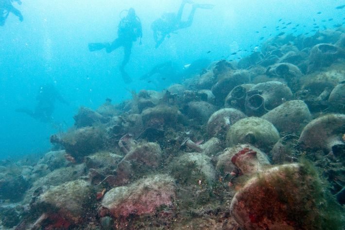 Divers explore a bounty of amphora from a fifth-century B.C. shipwreck—the first to be open to ...