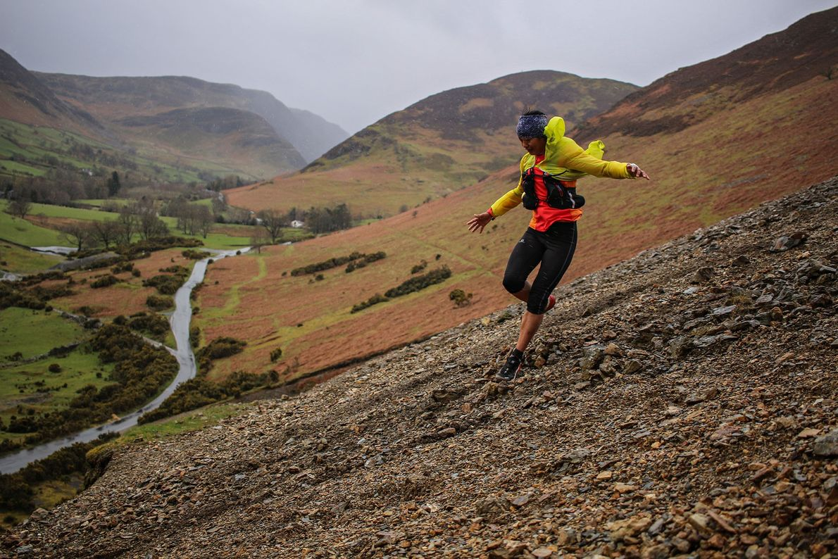 Hardloopster Mira Rai traint in het Lake District van Engeland.