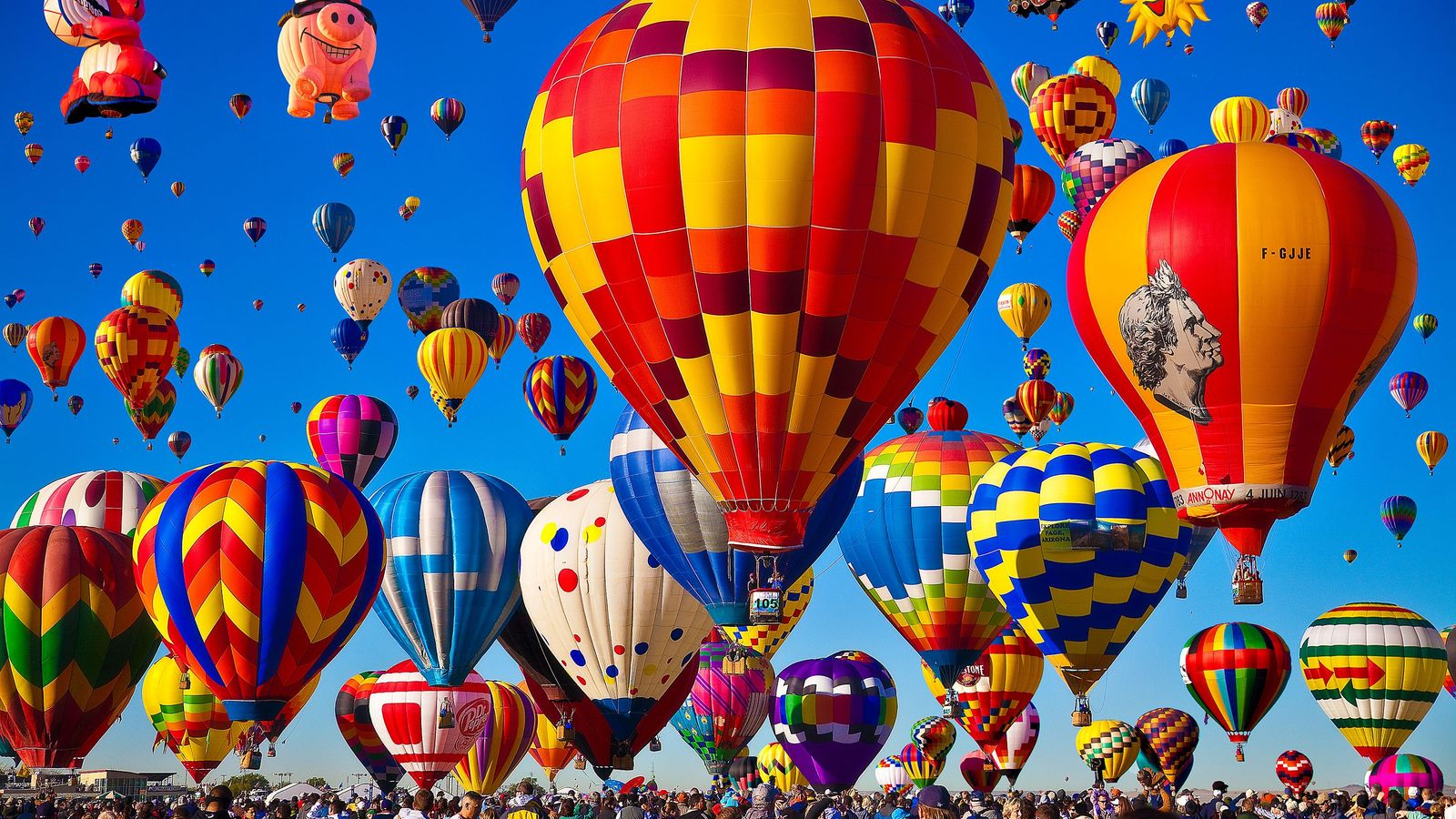 The Albuquerque International Balloon Fiesta is the world's largest gathering of hot-air balloons.